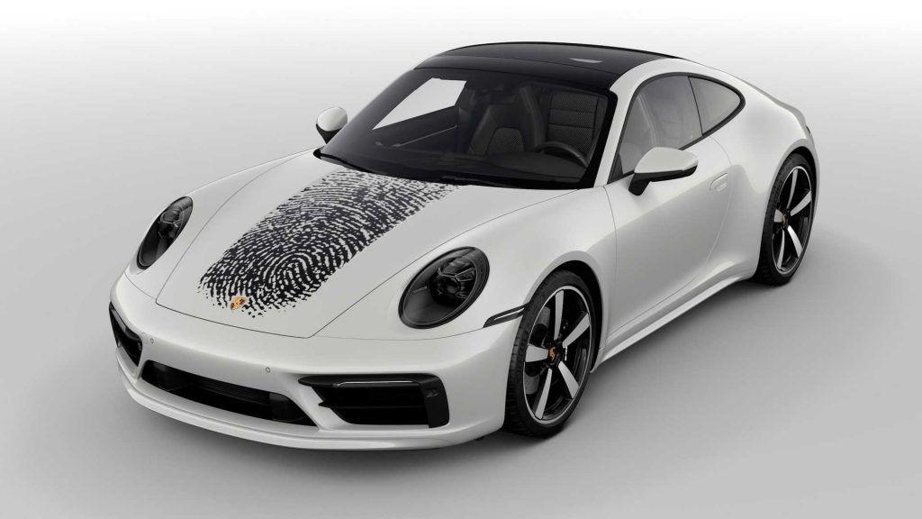 Porsche 911 u jedinstvenom izdanju, otisak prsta postaje ukrasni detalj!