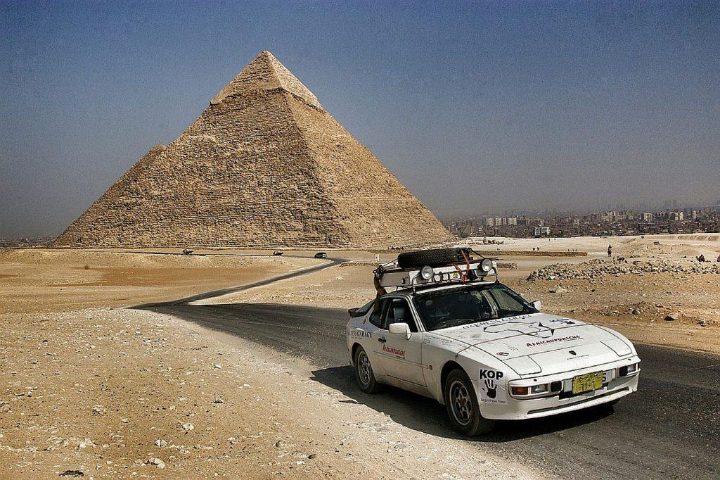 Porsche 944 osvojio Afriku u avanturi dugoj 21.000 kilometar 4