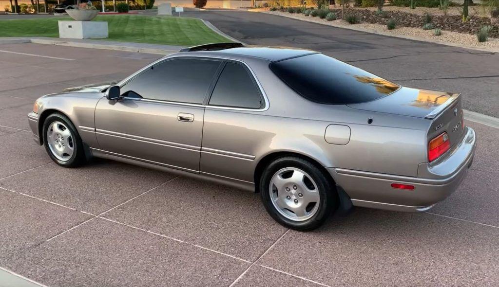 Honda Legend prešla 921.755 km, vlasnik odradio 177 servisa zamjene ulja, a kavčilo nije nikad mijenjano 1