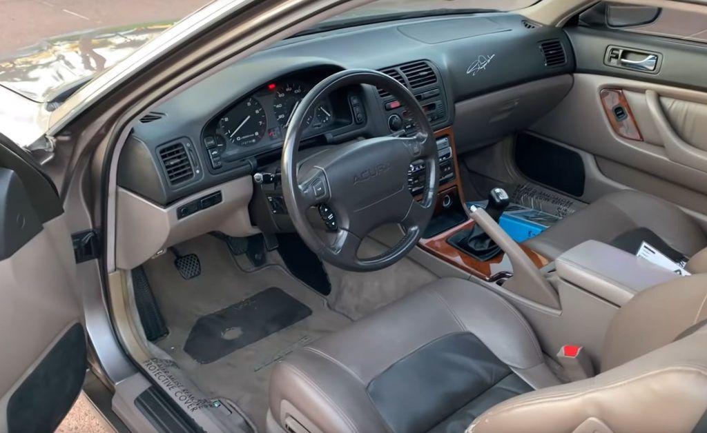 Honda Legend prešla 921.755 km, vlasnik odradio 177 servisa zamjene ulja, a kavčilo nije nikad mijenjano 3