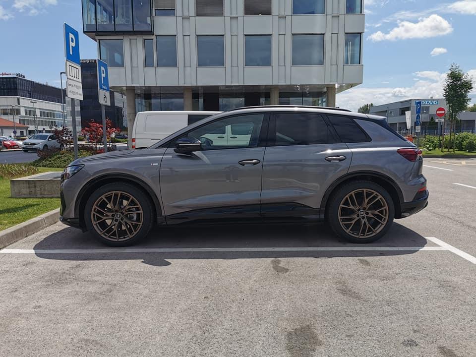 Audi Q e tron