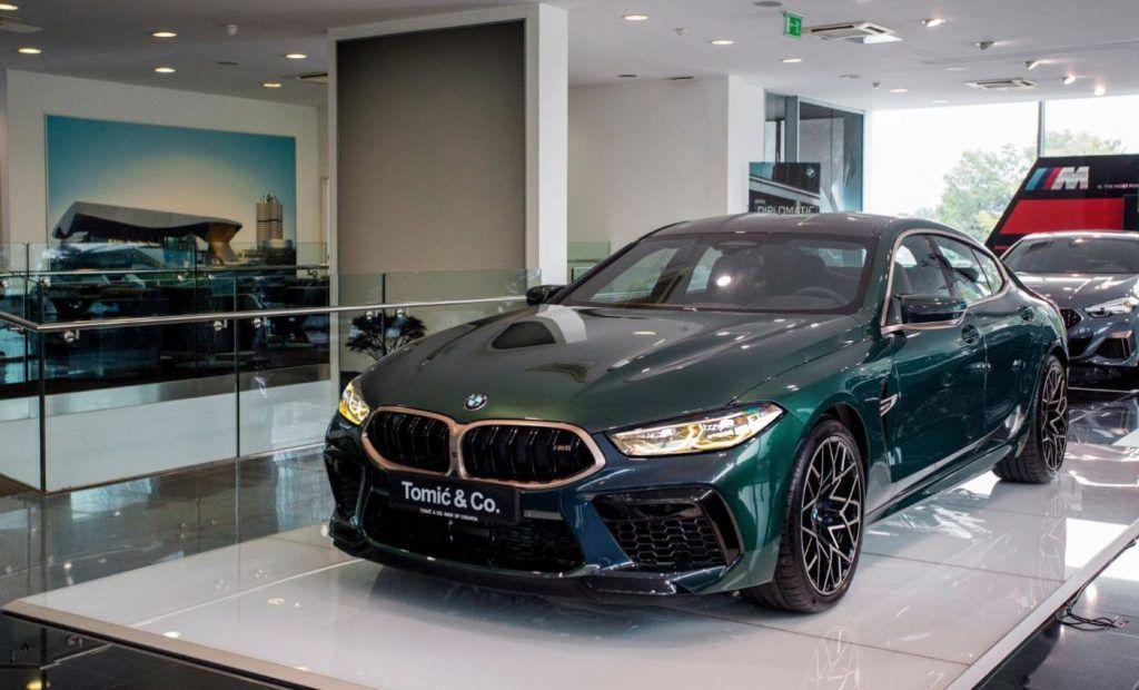 BMW M8 First Edition kao 1/400 doslovno osvaja u zagrebačkom salonu