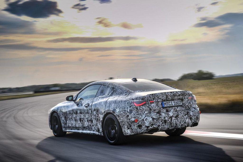 Nova BMW Serije 4 uskoro debitira, velika maska izostala, otkriven mali dio interijera 2