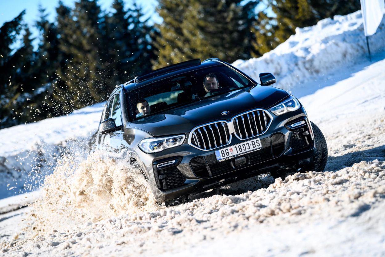 Za primjer našem zastupniku, BMW u Srbiji napravio odličnu prezentaciju na snijegu 1