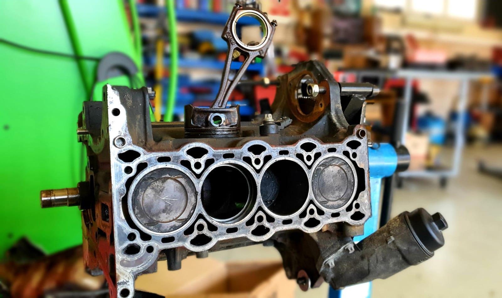 Blok motora OHC OHV