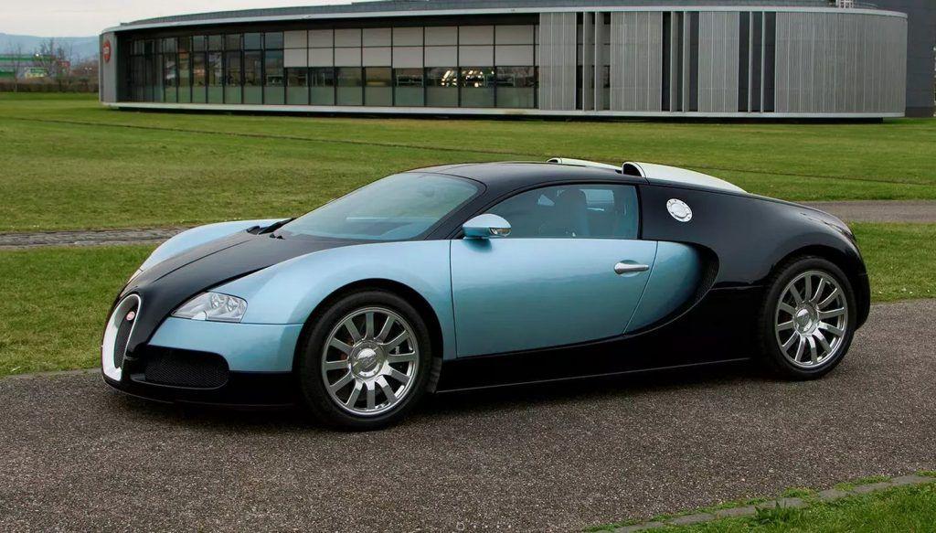 Bugatti Veyron pojavio se prije 15 godina, jedna skica odlučila je njegovu sudbinu