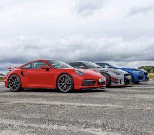 Porsche 911 Turbo S vs BMW M8 Competition vs Nissan GT-R Liberty Walk - tko je kome uzeo mjeru?