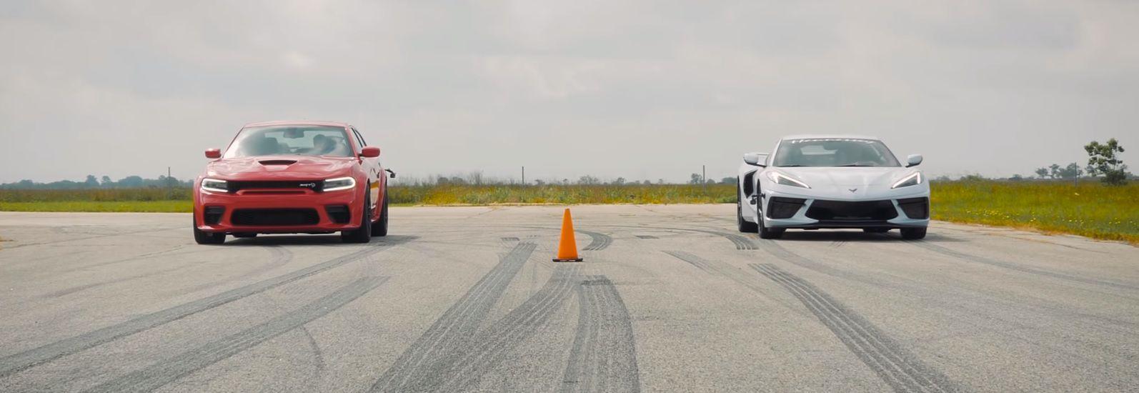 DT Corvette vs Charger Hellcat