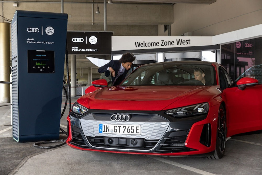 Fc Bayern Muchen Audi punjač