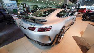Mercedes-AMG GT R PRO u Zagrebu čeka novog vlasnika, uz 585 KS i fantastičnu boju plijeni poglede apsolutno svih! 1