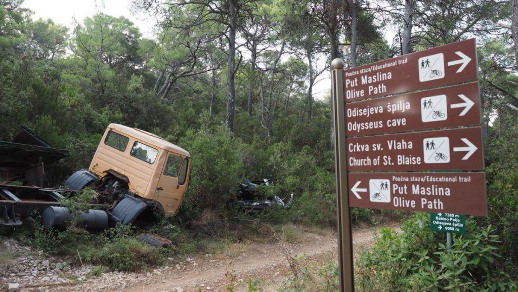 Zelene stope očistile otok Mljet, uklonjene i posljednje auto olupine 1
