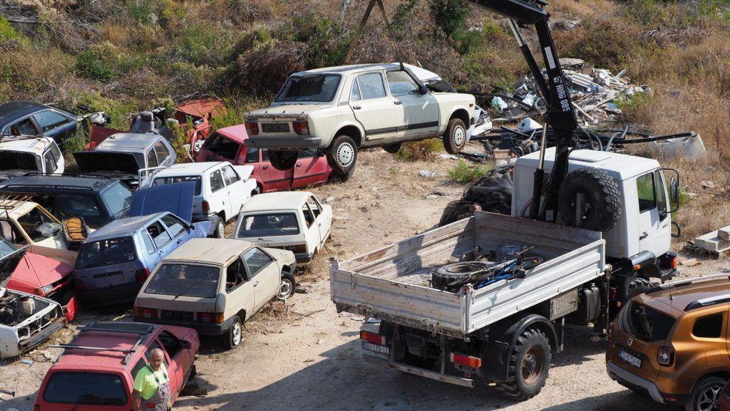 Zelene stope očistile otok Mljet, uklonjene i posljednje auto olupine 2