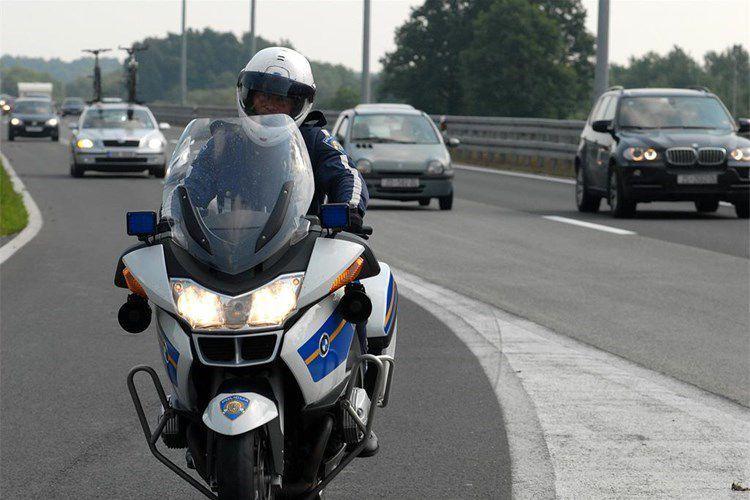 Korisni savjeti svim sudionicima u prometu tijekom blagdana, evo na što policija skreće pažnju