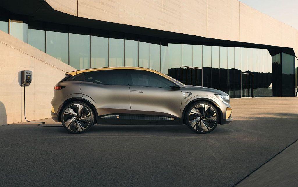 Renault u ofenzivi, eVision danas, 2022. novi Megane 2