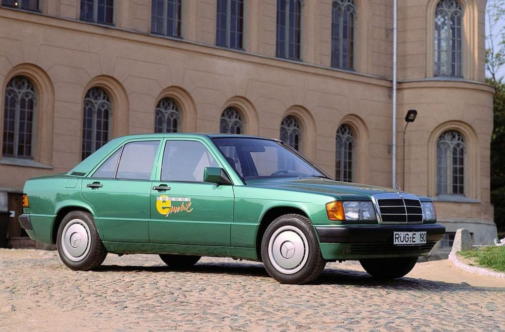 Mercedes-Benz 190 - pionir elektromobilnosti slavi 30 godina od predstavljanja 3