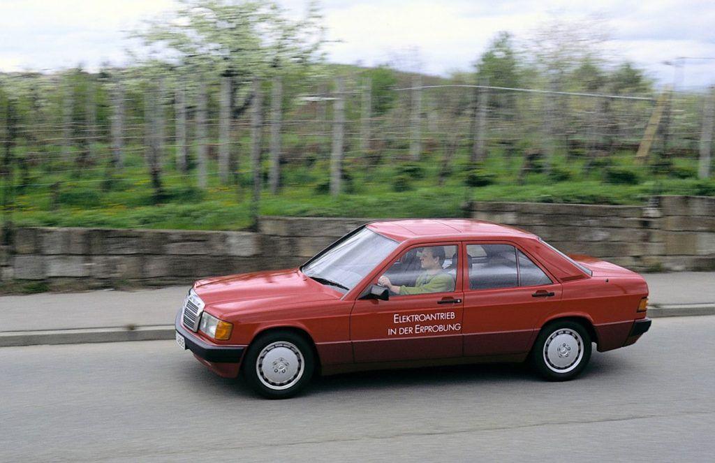 Mercedes-Benz 190 - pionir elektromobilnosti slavi 30 godina od predstavljanja 2
