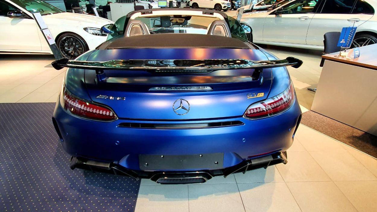 Ekstremni Mercedes-AMG GT R Roadster u Zagrebu čeka novog vlasnika 4