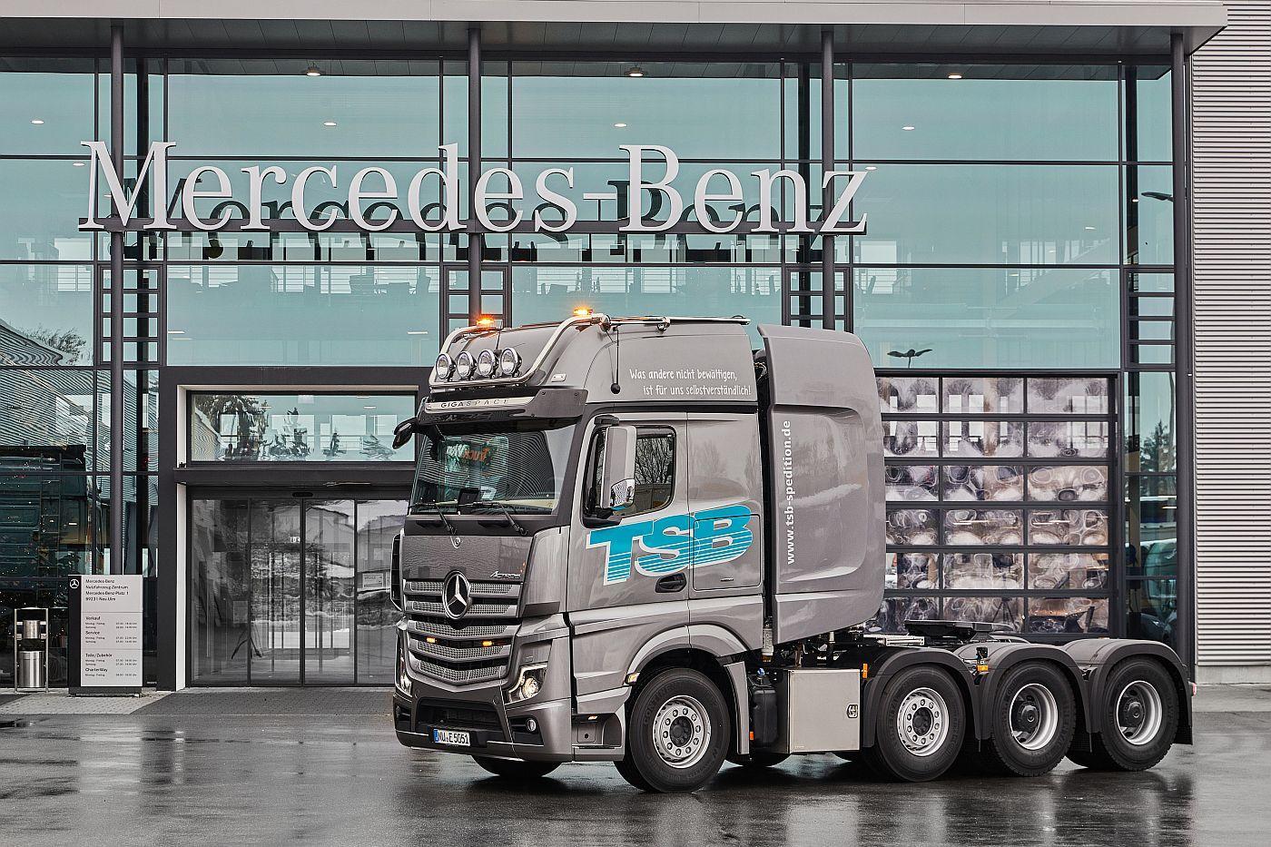 Mercedes Benz Actros  LS SLT