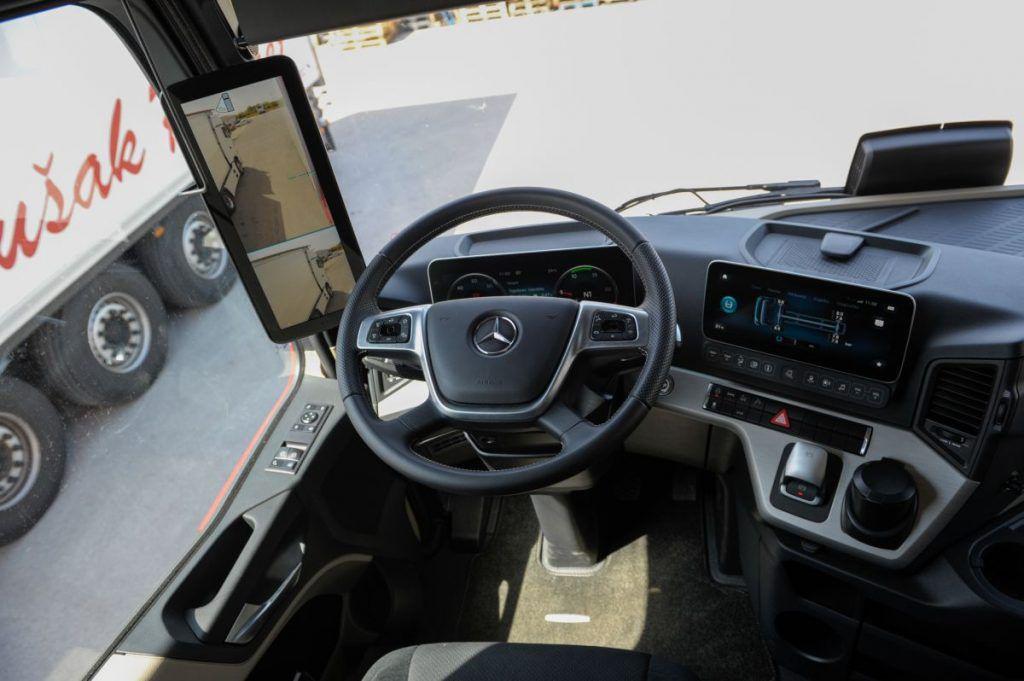 Mercedes-Benz Actros (MP5), veliki test otkriva jesu li retrovizori i potrošnja najjači adut kamiona godine? 4
