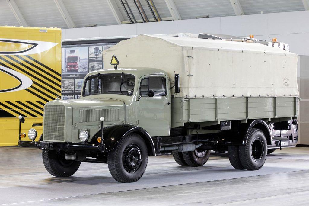 Mercedes-Benz L 5000 i LP 333, ponosi akteri putujućeg muzeja legendarnih kamiona 3