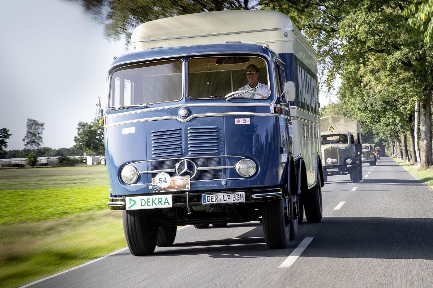 Mercedes Benz LP  i L