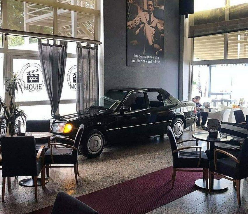 Svaki obožavatelj Mercedes-Benza ovdje mora doći popit kavu