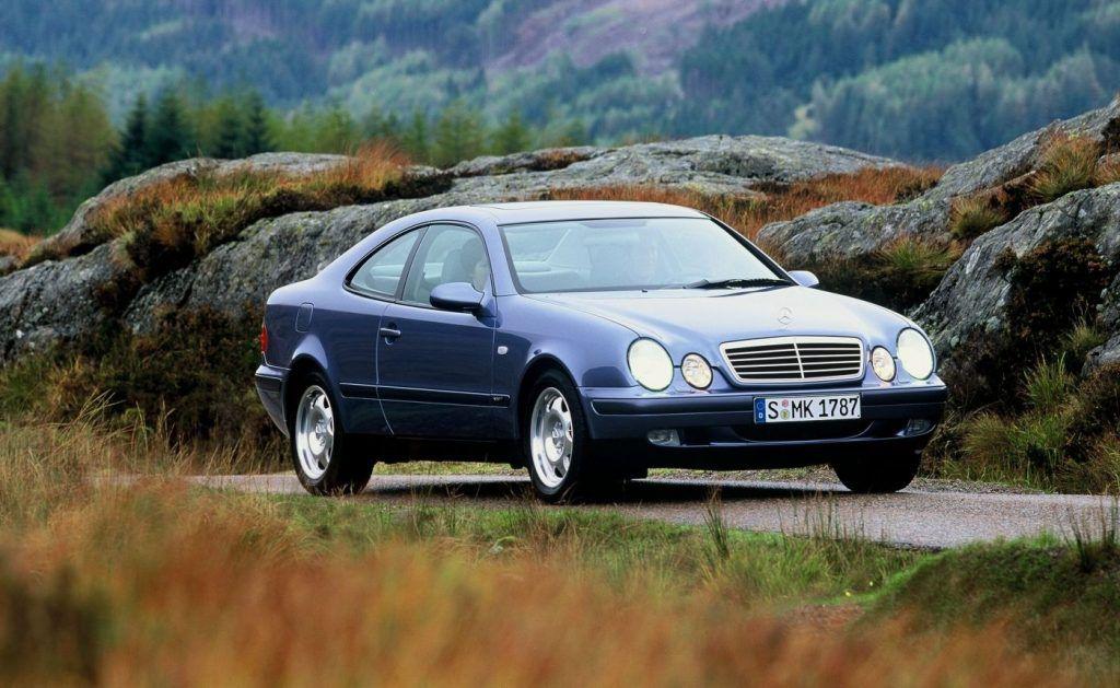 Mercedes-Benz E-klasa Coupe i Cabriolet, izvedbe koje i danas zrače posebnim stilom 5
