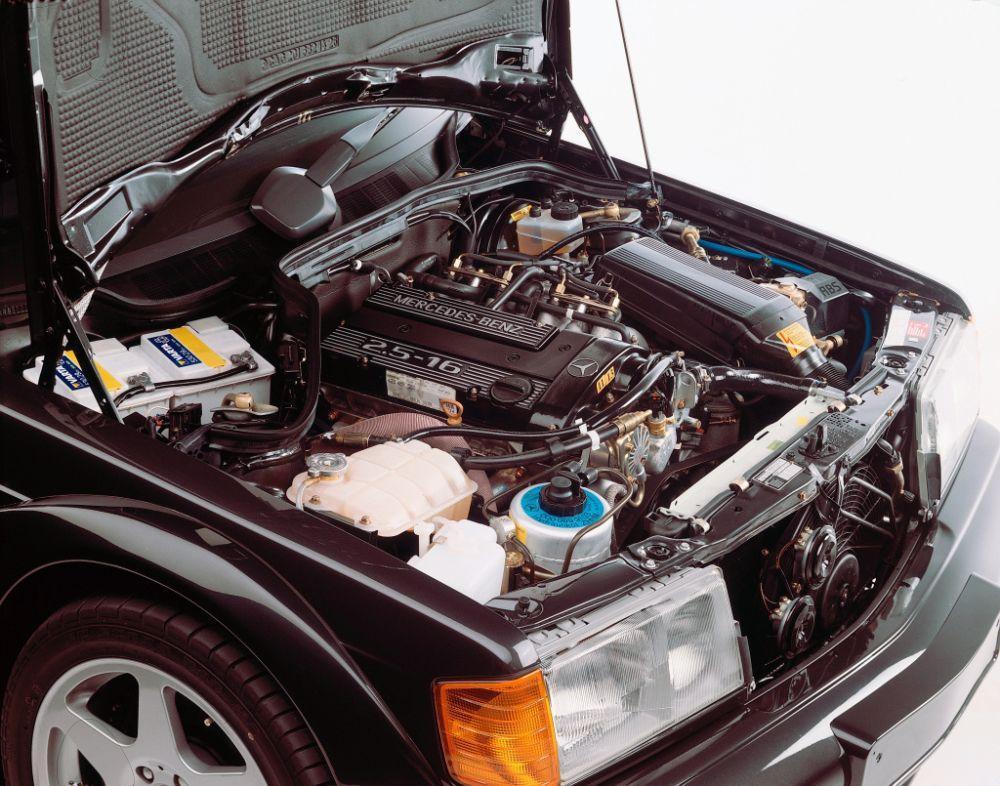 Mercedes-Benz 190 E 2.5-16 Evolution II, 30 godina od pojavljivanja legende 7