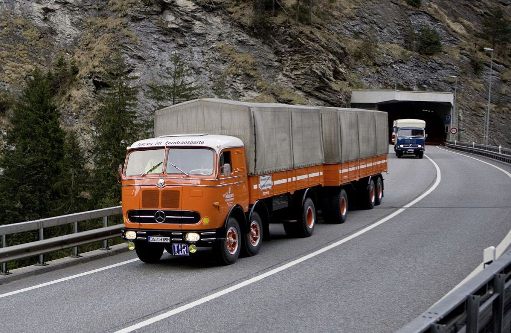 Mercedes-Benz L 5000 i LP 333, ponosi akteri putujućeg muzeja legendarnih kamiona 5