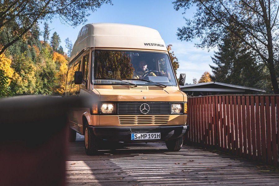 Mercedes-Benz slavi 35. godišnjicu kultnog kampera! 44