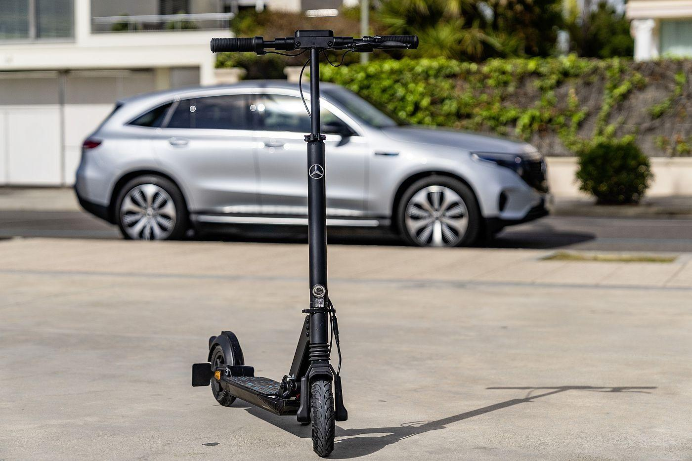 Mercedes e scooter