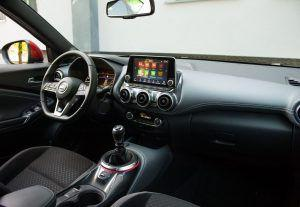 Nissan Juke 1.0 DIG-T N-Connecta - simpatičan nastup zapravo krije ozbiljan automobil 2