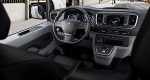 Peugeot e-Expert nudi doseg od 330 kilometara, prostranu kabinu te brojne sigurnosne sustave, a u salone stiže u ljeto 3