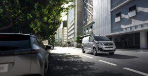 Peugeot e-Expert nudi doseg od 330 kilometara, prostranu kabinu te brojne sigurnosne sustave, a u salone stiže u ljeto 5
