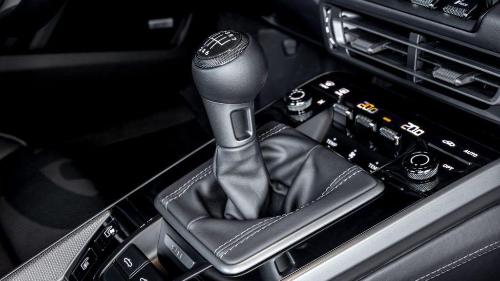 Porsche 911 od sada sa 7-brzinskim ručnim mjenjačem, vozačka fantazija postaje još bolja!