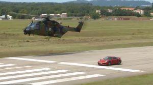 Porsche 911 Turbo S ili helikopter, pogledajte spektakularan cestovno-zračni dvoboj