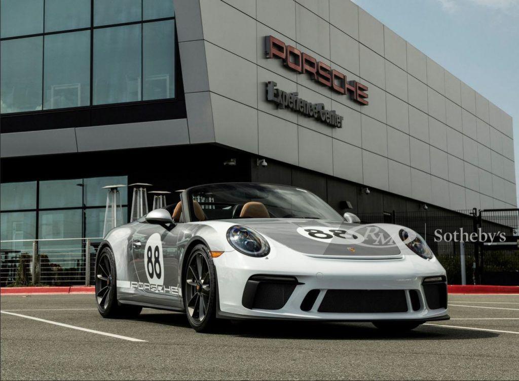 Posljednje proizvedeni Porsche 911 Speedster bit će prodan na RM Sotheby's aukciji