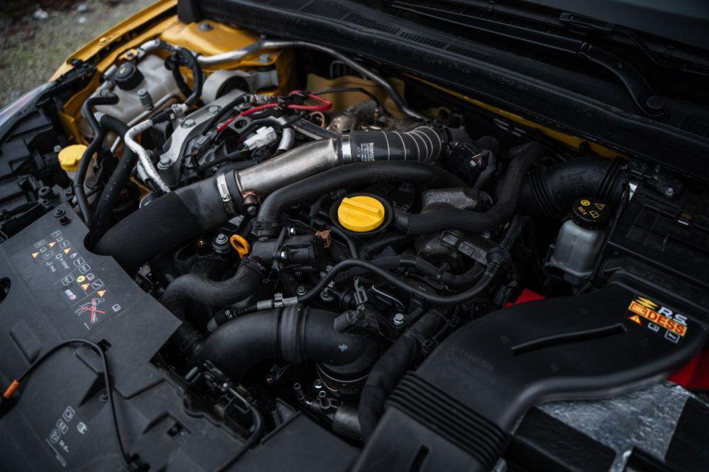 Renault Megane RS Trophy TCe 300 i dalje je definicija ultimativnosti, zadržava li titulu kralja staza? 3