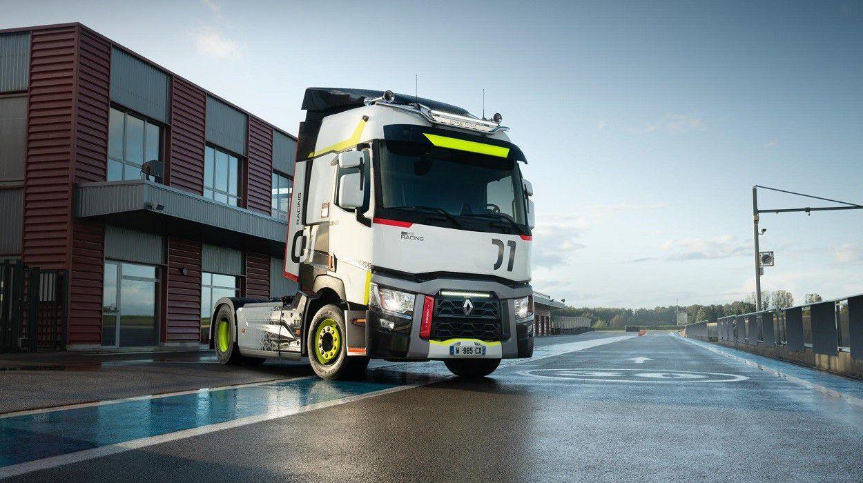 Renault T Racing trucks