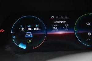Renault Zoe Intens R135 doslovno možemo opisati kao električni Clio, uvjerljiv strujaš bogatom opremom i dosegom od 330 km konačno ima smisla? 6