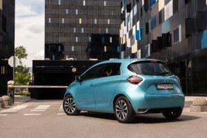 Renault Zoe Intens R135 doslovno možemo opisati kao električni Clio, uvjerljiv strujaš bogatom opremom i dosegom od 330 km konačno ima smisla? 1