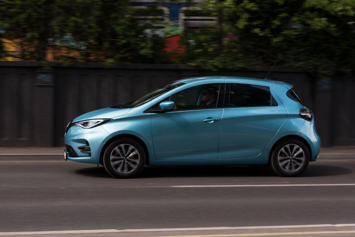 Renault ZOE Intens R test električni automobil doseg iskustvo cijena prednosti vožnja