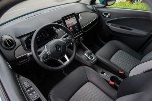 Renault Zoe Intens R135 doslovno možemo opisati kao električni Clio, uvjerljiv strujaš bogatom opremom i dosegom od 330 km konačno ima smisla? 2