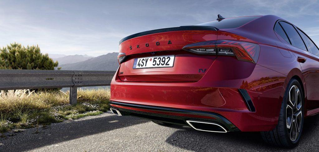 Vruća ekskluziva: Škoda Octavia RS iV agresivno nastupa, plug-in izvedba od sad kao izbor! 3