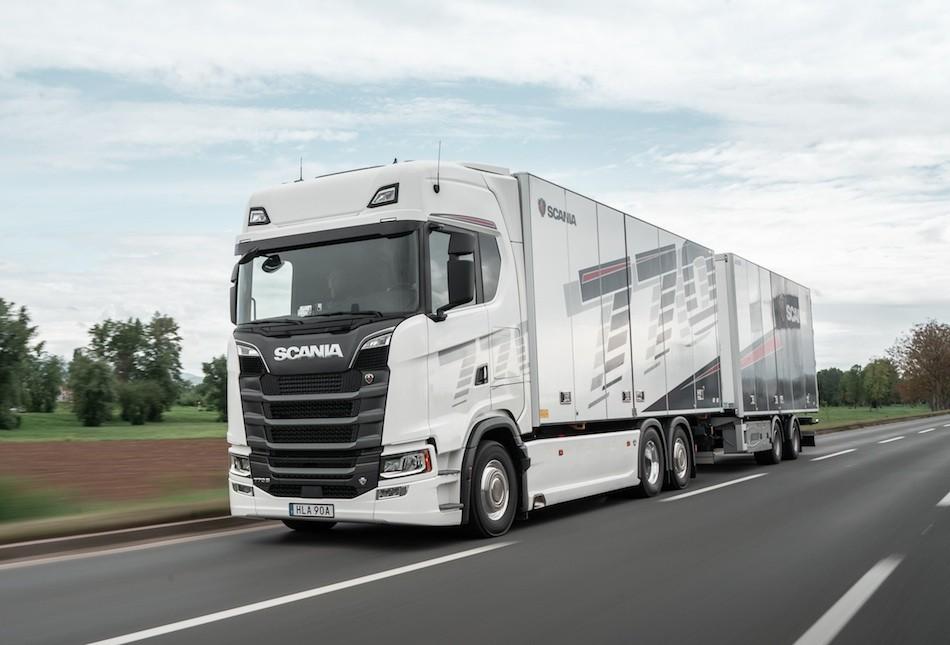Scania  S V