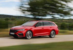 """Škoda Octavia u berbi nagrada, za početak Česima ide """"Auto Express New Car of the Year 2020"""" titula"""