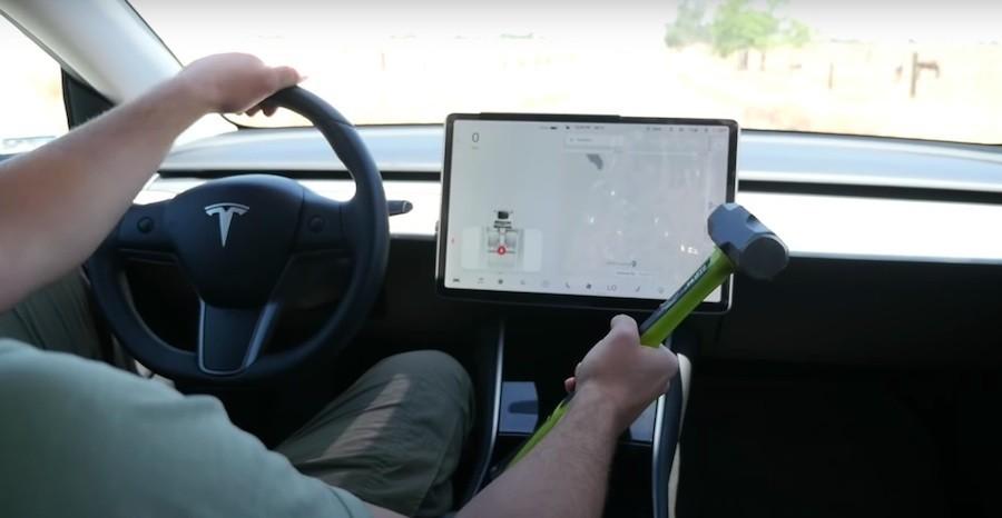 Tesla model  ekran driveteam