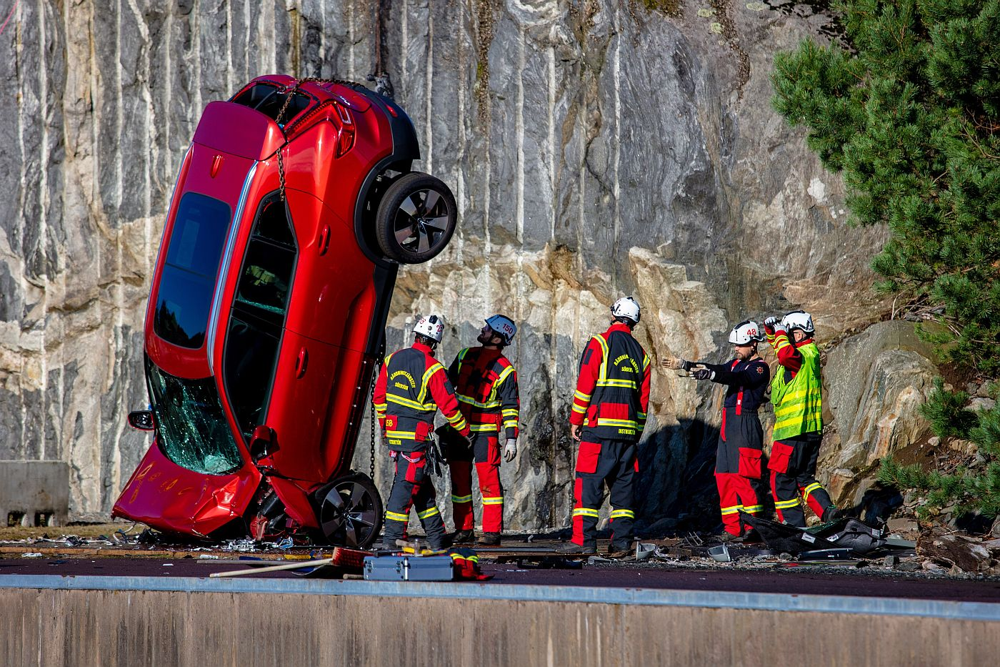 Volvo Cars drops new cars from  metres to help rescue services save