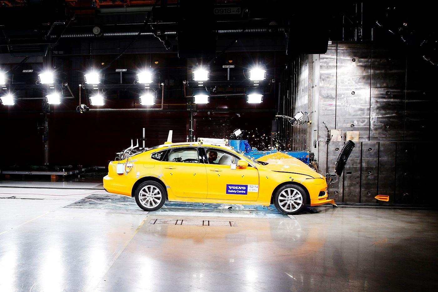 Volvo slavi 20 godina djelovanja centra za sigurnost