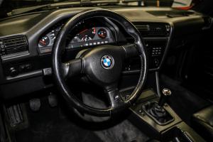BMW M3 E30 prodaje se na aukciji, početna cijena iznosi 40 tisuća funti! 2